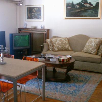 Πωλείται διαμέρισμα 140τ.μ, στο κέντρο της πόλης.