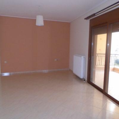 Πωλείται διαμέρισμα, στα Γαλανέικα.