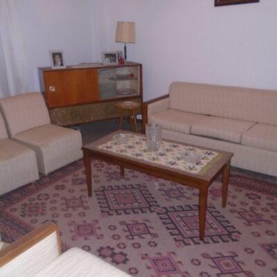 Πωλείται γωνιακό τριάρι διαμέρισμα, στη περιοχή της Άνοιξης.