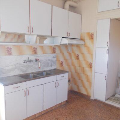 Πωλείται τριάρι οροφοδιαμέρισμα, στη περιοχή της Μαγνησίας.